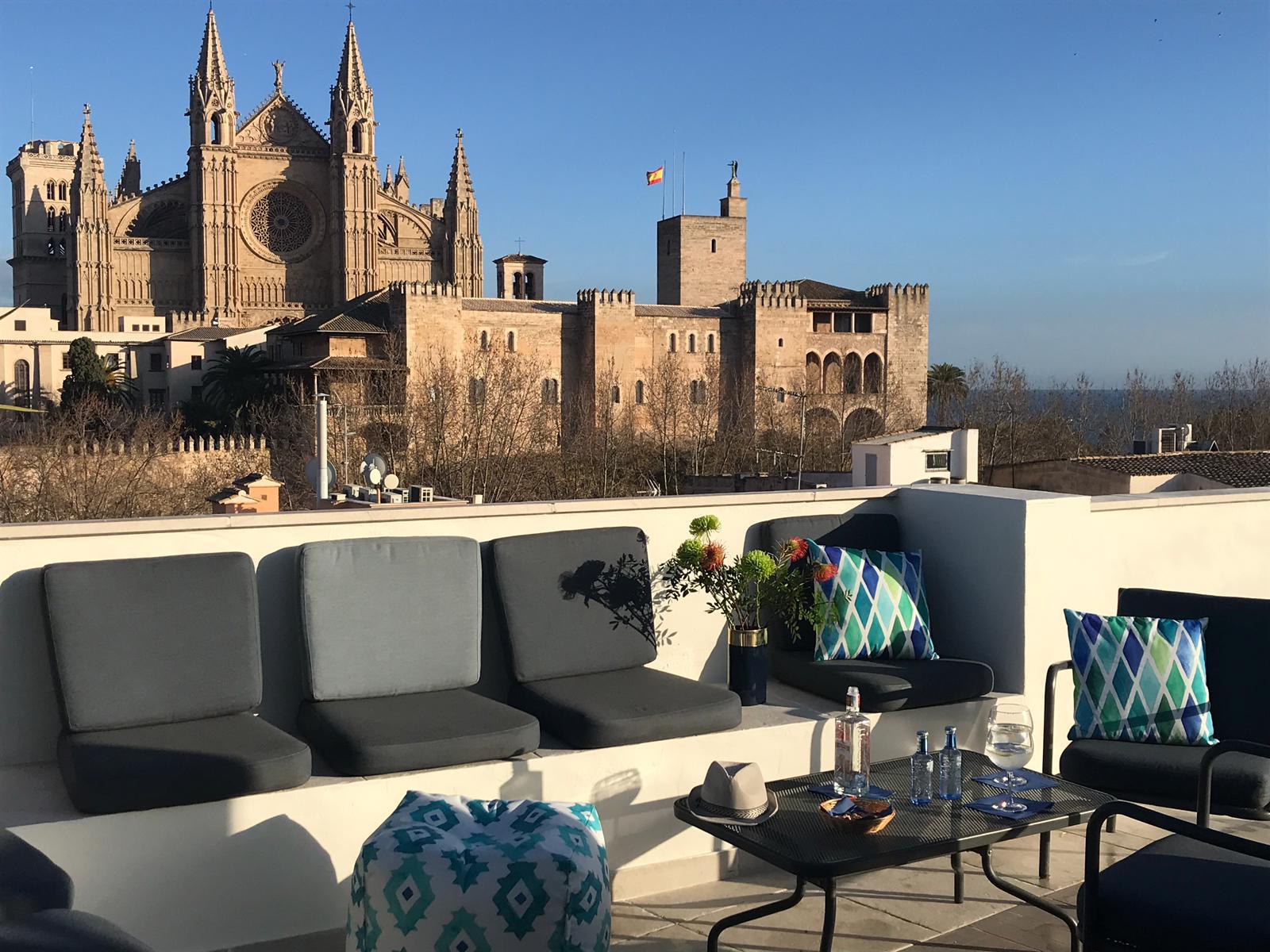 AZULAZULETE · Arquitectura e Interiorismo – Apuntadores 8, Palma de Mallorca