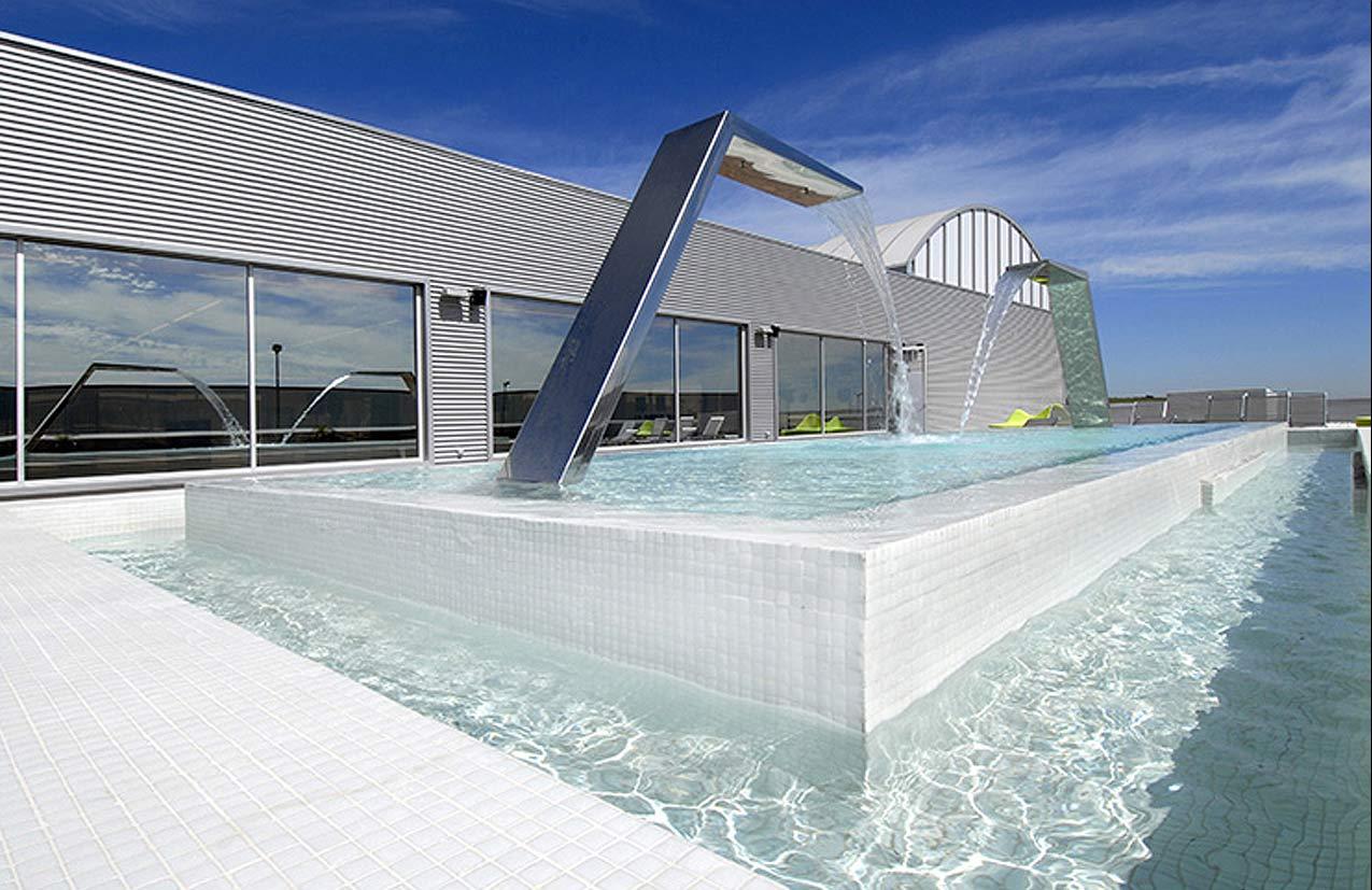 AZULAZULETE · Arquitectura e Interiorismo – Activa Club, Jerez, 2006
